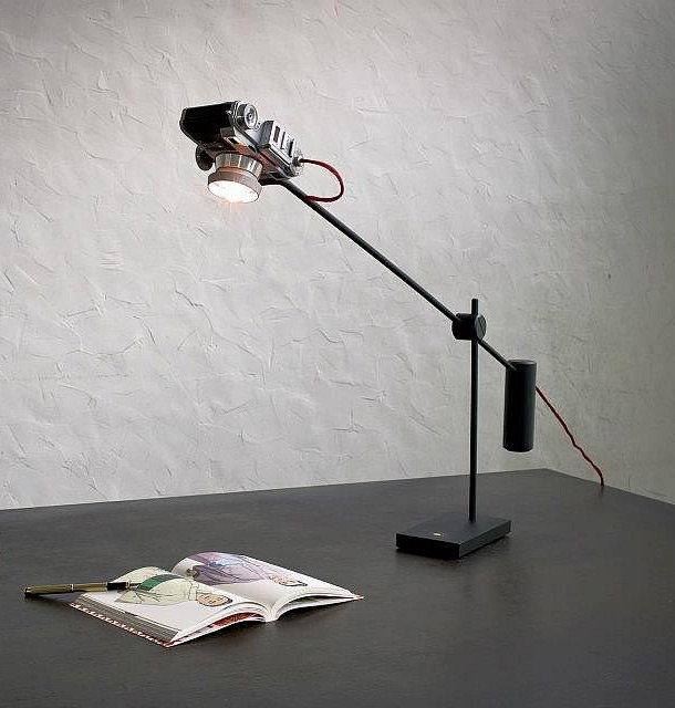 Vintage camera desk lamps by YStudio – upcycleDZINE