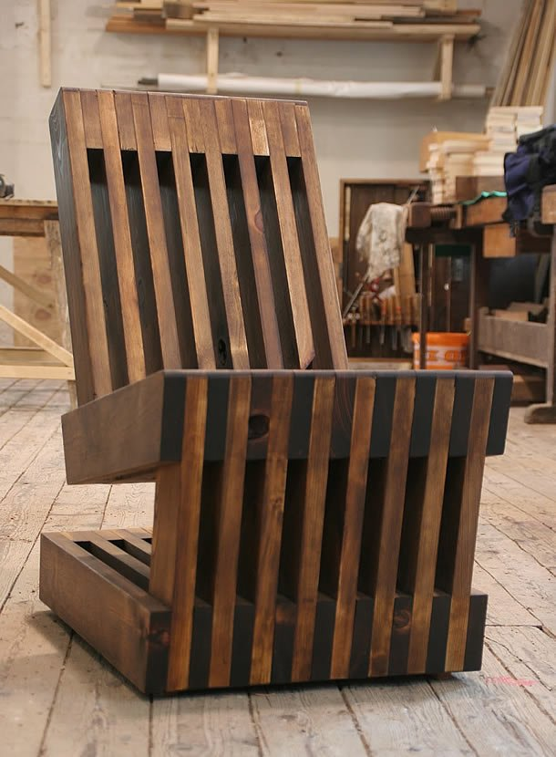 Easy Rider: chair made out of old planks by Sandman – upcycleDZINE
