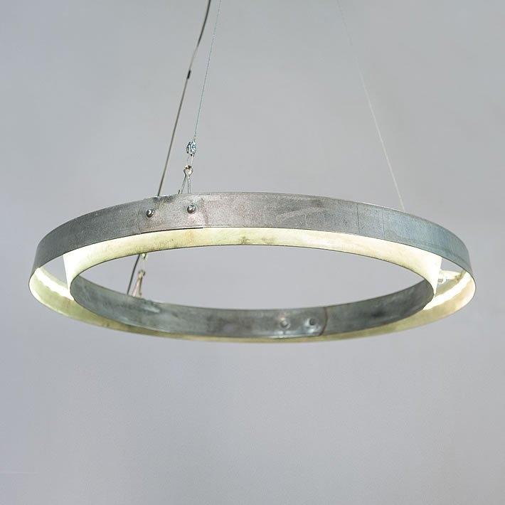 MARTÉN: Wine barrel hoops chandelier by Balk en Plank – upcycleDZINE
