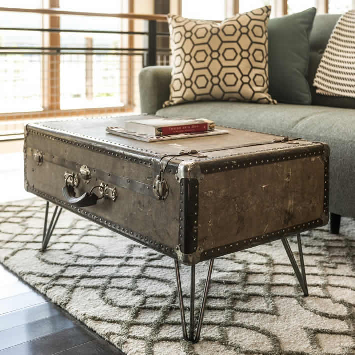 DIY: Suitcase Coffee Table by Dylan Eastman – upcycleDZINE
